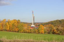 Horizontal_Drilling_Rig-768x511